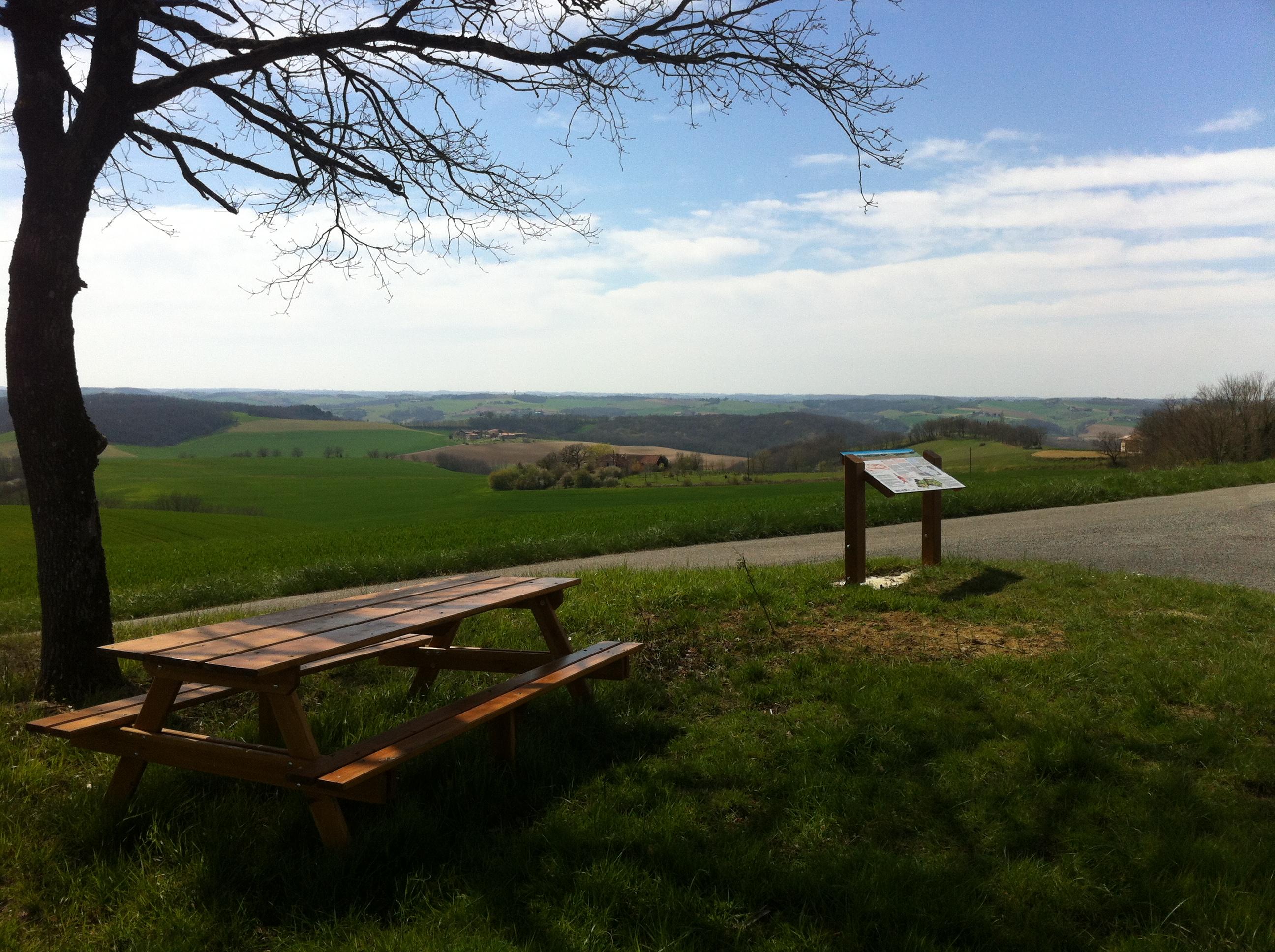 Table de lecture du paysage VAL DE GERS à BARRAN - pause pique-nique